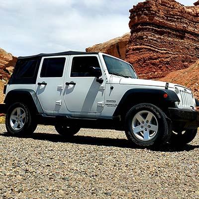 Jeep-Wrangler-Car-Rental